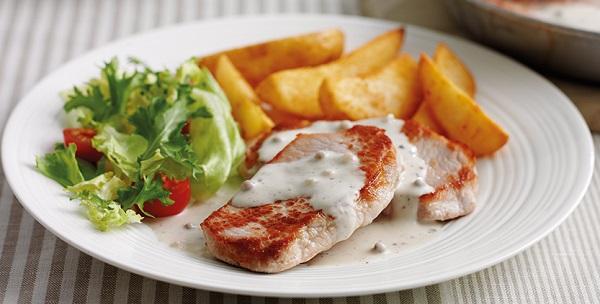 Philadelphia Recipe, Pork Steaks with Simply Stir Creamy Peppercorn Sauce