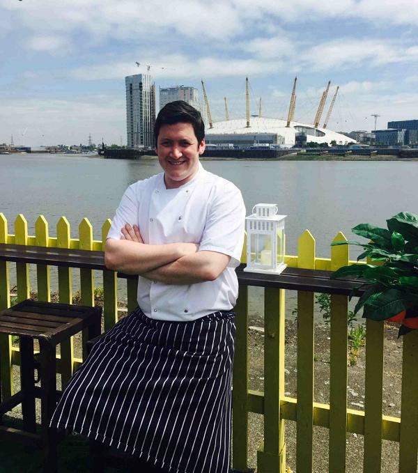 Robert Hunter joins The Gun as Head Chef