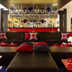 Join the #HandCSocial team at citizenM Hotel, London