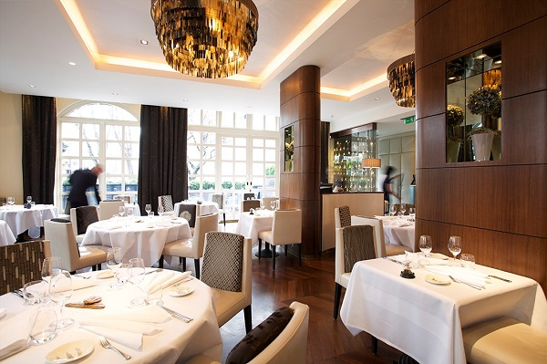 Top 100 UK best restaurants 2015 based on diner reviews