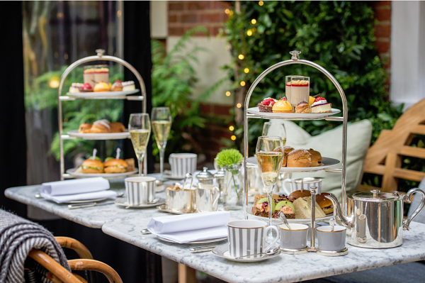 Dalloway terrace launches alfresco afternoon tea for Bloomsbury hotel terrace