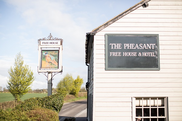 The pheasant inn re opens shefford woodlands berkshire for The pheasant pub london