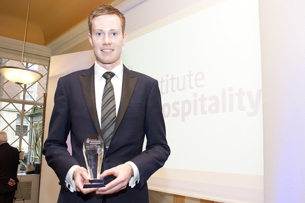 BaxterStorey duo awarded Learners of the Year at glittering ceremony 2 (2)