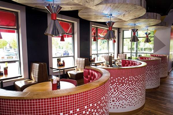 Pizza Hut Restaurants Unveils Huge Refurbishment For Ashford