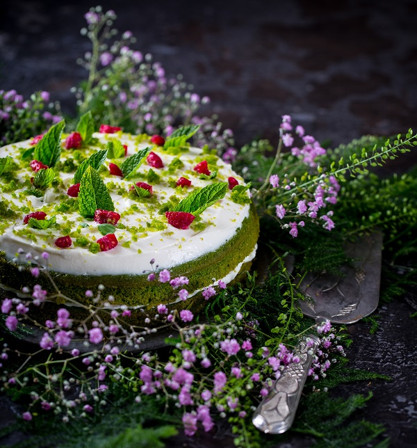 Simple Vanilla Cake With Egg: BaxterStorey's Great British Bake Off Recipe: Moss Cake