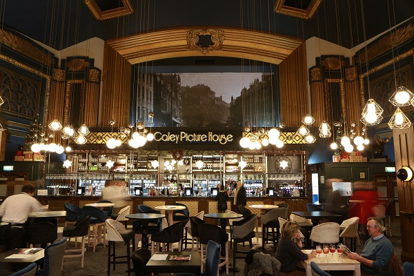 Wetherspoon opening its new pub in Edinburgh - 124 jobs created and £2.5 million investment 3