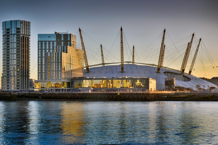 The o2 is chosen to host the brit awards 2017 for Hotels 02 arena london