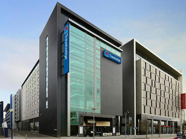 travelodge milton keynes the hub
