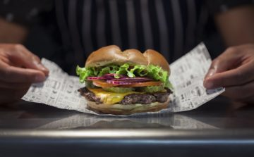 Smashburger launches in Bath