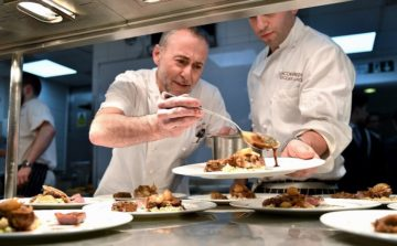 World-Class Chefs create unique dining experience in Aid of charity DEBRA