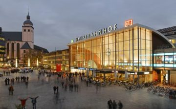 SSP Germany signs major new contract with DB Station&Service