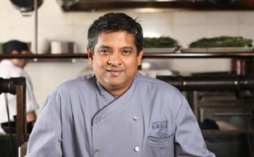 Celebrated restauranteur and chef Floyd Cardoz, passes away from COVID-19