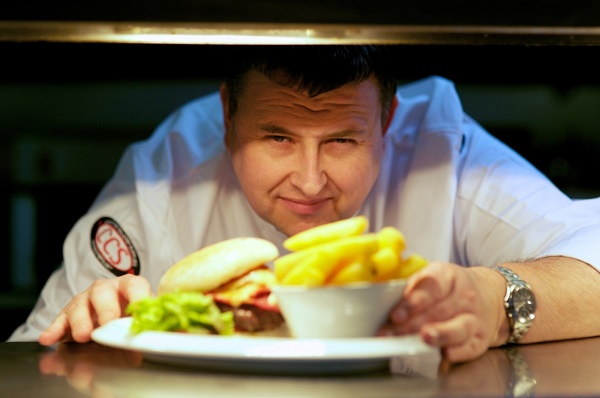 Richard Hunt to cook up a storm for Lifestyle Hospitality Group