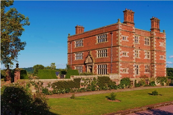 Soulton Hall hotel saves thousands with heat pump technology